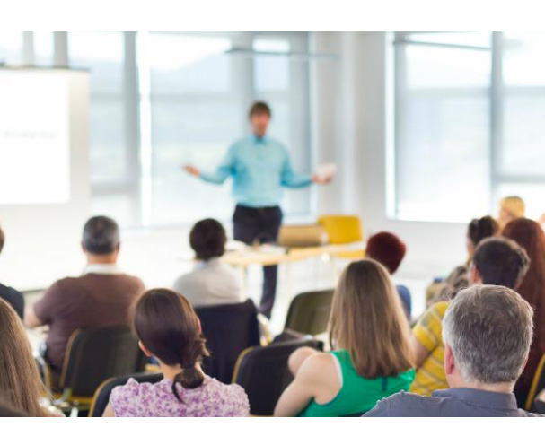 Can you force independent contractors to attend training?